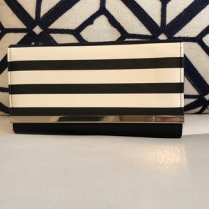 Handbags - Women's black/white and gold wallets